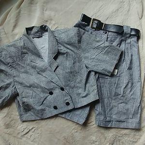 Fashion Fads 2 pcs checkered set